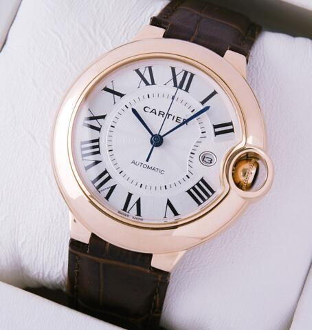 42MM Ballon Bleu De Cartier fake watches maintain the classic Roman numerals.