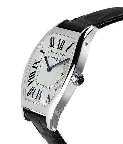 Chic reproduction watches are graceful for men.