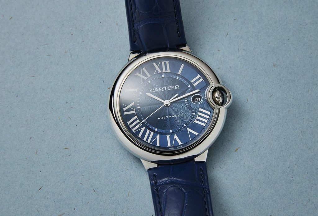 Cartier replica watch uk is good choice for modern men and women.